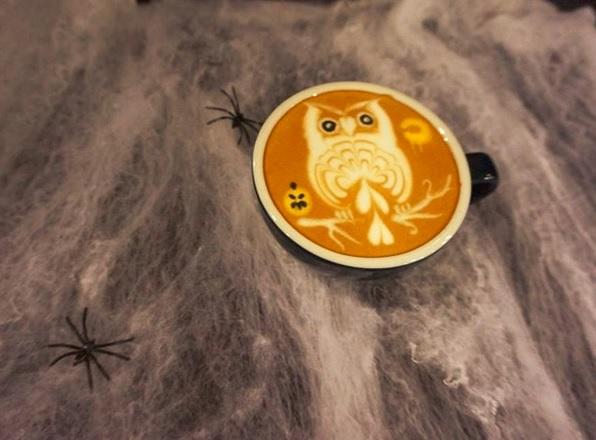 Latte Art zu Halloween